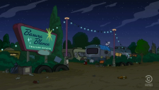 Basura Blanca Trailer Estates.png